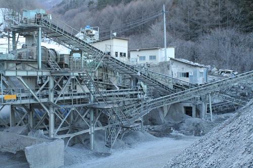 諏訪石灰工業(株)